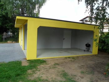 Doppelgarage mit Carport